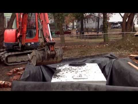 How to install a seepage pit.  Drain solutions, drain installation, water management.