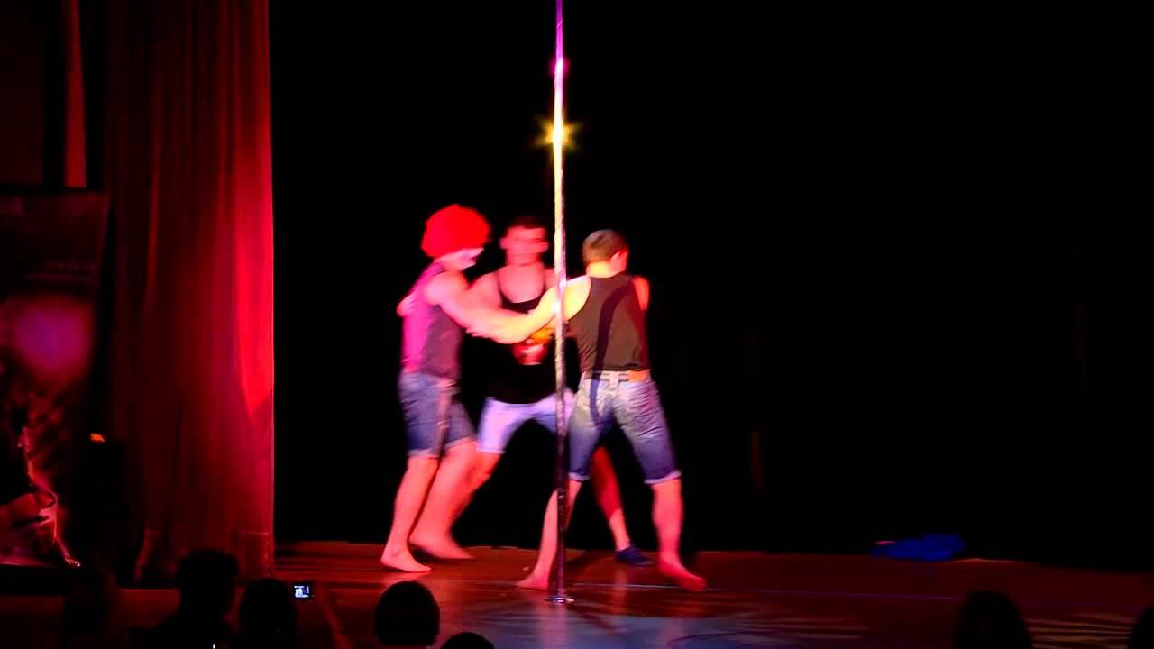 """Отчетный концерт по пилону 26.05.2013 года в клубе """"Олимпия"""". Номер сюрприз - Охотники за привидениями."""
