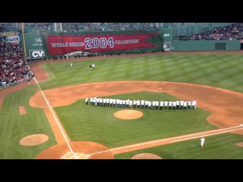 David Ortiz and Manny Ramirez get huge Fenway ovations