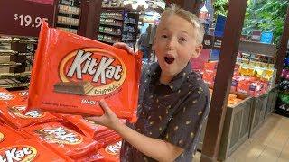 What's inside Hershey's Chocolate World?