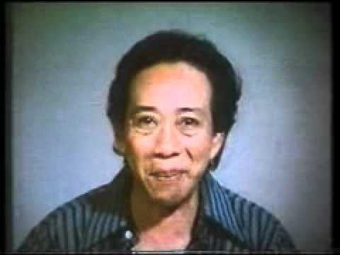 Inilah iklan Indomie versi dekade 80an. Bintang utamanya almarhum Bagyo, pelawak Indonesia.