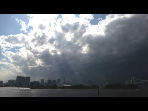 レインボーブリッジとゲリラ豪雨【タイムラプス】