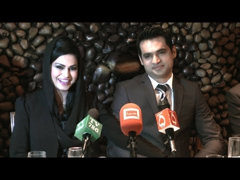 Best of Veena Malik in a Wedding Dinner London