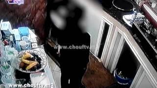 فيديو مثير..حاميها حراميها: شفار خدم في قهوة وسرق الروسيطة وتليفون ديال مول القهوة وهرب بهدوء |