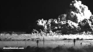 Ledakan bom atom dengan effect yang mengerikan