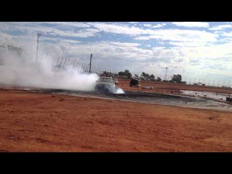 Holden Commodore VT V6 Burnout and Tyre Pop