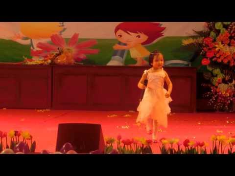 Gặp nhau giữa rừng mơ  bé 4 tuổi Quế Võ hát cực hay
