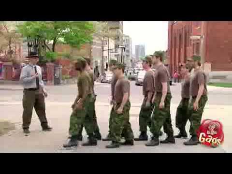 Militares Gay en entrenamiento 2013 HD