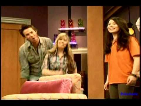 (HQ) Jennette Mccurdy rapping about Carly's new room With Nathan and Noah! -doNROmkxlDw
