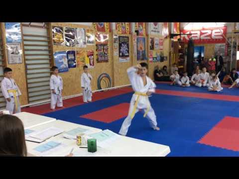 Аттестационный экзамен 09.10.2016 г. по каратэ в клубе Тигренок ч. 6