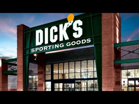Dick's Sporting Goods Strikes Out on Slashed Earnings Guidance