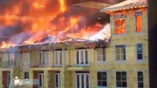 [CONSTRUCTION WORKER ESCAPE FROM FIRE !!! (HOT MUSIC)] Video