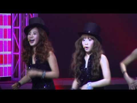 [FANCAM] SNSD - OH! (YURI YOONA SUNNY FUNNY VOICE)