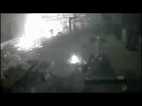 Vụ nổ kinh hoàng tại nhà máy luyện thép