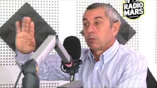 Mars Attack Avec Alain Giresse L'Entraineur De L'équipe Sénégalaise