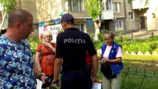 Poliția încearcă să se impună pe bd. Moscovei, la Chișinău
