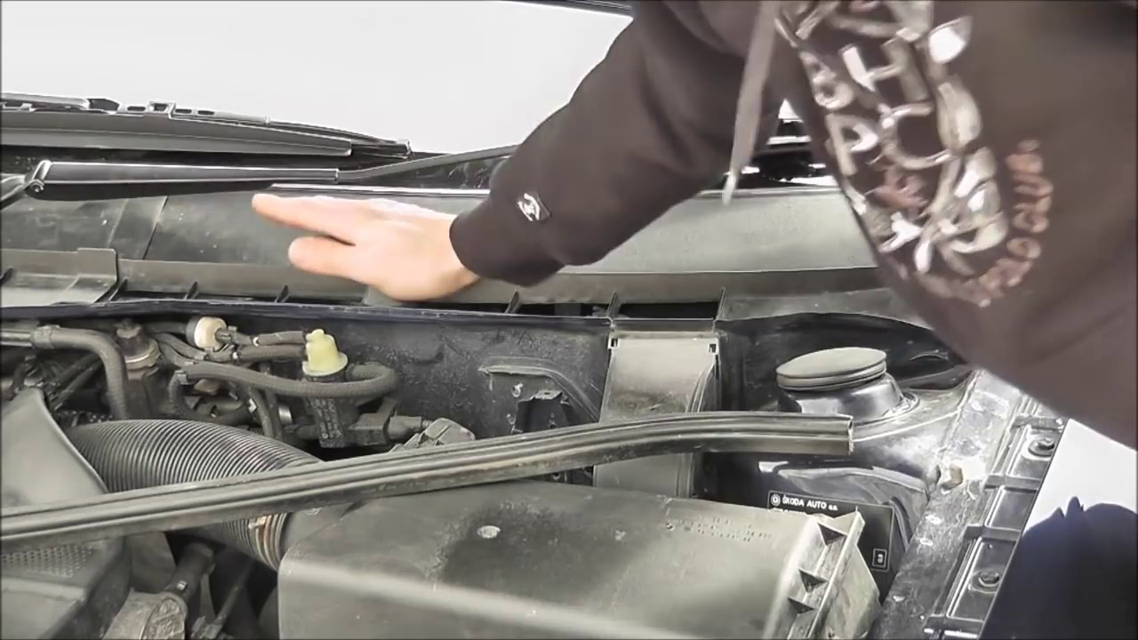 how to change pollen filter mazda 2