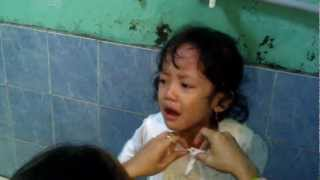 rere Nangis Satt Mandi view on youtube.com tube online.