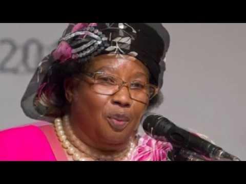 People's Party President Joyce Banda Kulongosola Zogawa Zinthu Kwa Anthu   Malawi Elections 2014   M