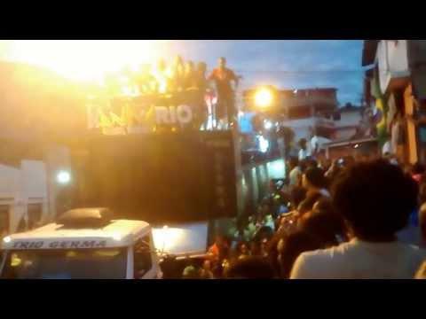 Igor Kanario Badalou tudo no Arraia do Chico (9 minutos de Povão)