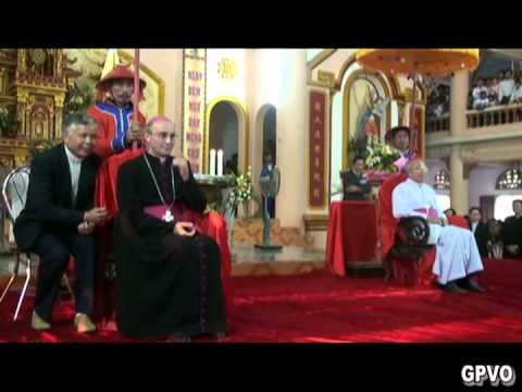 Đức TGM Leopoldo Girelli thăm mục vụ Giáo phận Vinh (Thanh Dạ, chiều 3-12-2011)
