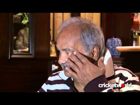 Best Moments of Pakistan Cricket - Mushtaq Mohammad
