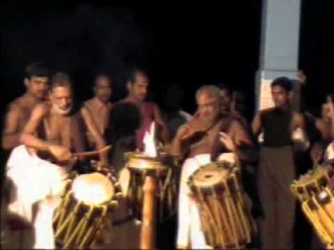 Double Thayambaka By Kuzhoor Narayanan Marar And Kalloor Ramankutty Marar