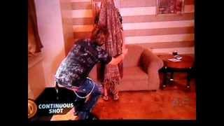 Criss Angel Sticks His Head Through A Womans Body!