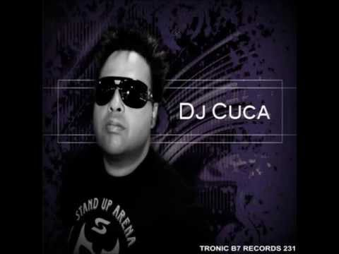 dj cuca in love by ari esquemanorte]