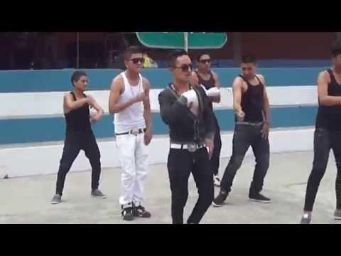 OVER PLAY SHOW DANCER en el colegio GRAN COLOMBIA ♪