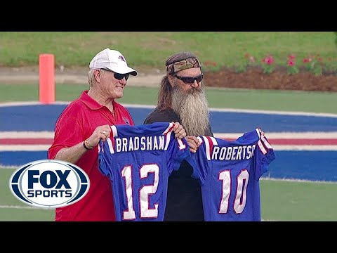 Bradshaw reunites with Duck Dynasty's Phil Robertson - YouTube