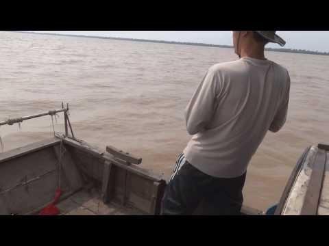 Câu cá Hu gô  Bông Lau biển Thạnh Phú mùng 4 tết 2014