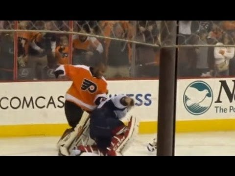 Capitals Flyers Brawl!! Goalie Fight-  Ray Emery Destroys Holtby!!!!! 11/1/13