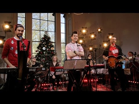 Christmas Mashup (Live Lounge)