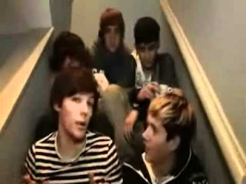 One Direction; Funniest Moments -e9cG8CGo-Sc