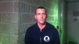 WWE CM PUNK PWNS CHRIS BROWN (TWITTER WAR)
