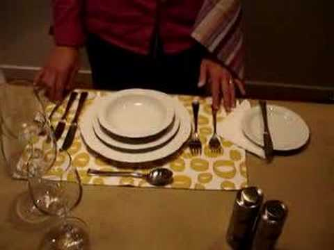How to set a beautiful dinner table youtube for How to set a beautiful dinner table