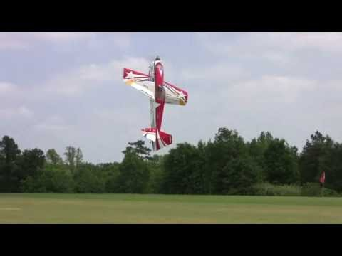"Joe Smiths Thursday Noon Demo-Flying a 3D Hobby Shop 104"" AJ Slick --Joe Nall 2011"