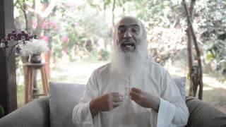 Guru Prem Baba prega o sil�ncio como transforma��o e re�ne seguidores em retiro na Grande BH