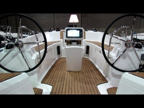 2013 Jeanneau Sun Odyssey 41DS Sailing Yacht - Walkaround - 2013 Montreal Boat Show