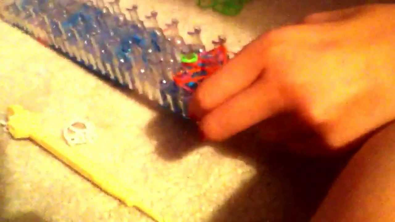 new how to make a rainbow loom starburst ring please