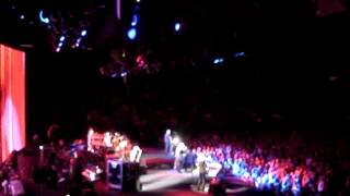 Fleetwood Mac Live Concert - Little Lies - MSG - NYC - 10/07/14 Madison Square Garden