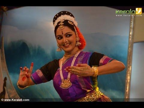 Amrithavarsham 60 (Mata Amritanandamayi Birthday Celebration 2013)