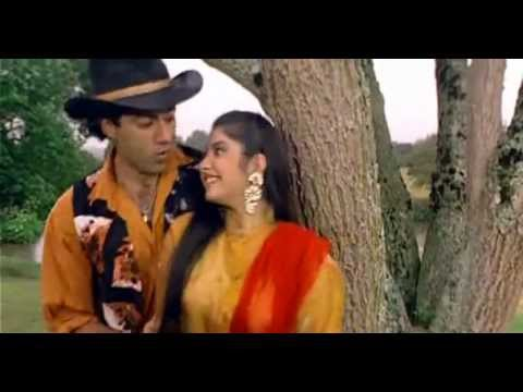 Aankhon Mein Hai Kya [Full Video Song] (HQ) - Vishwatma