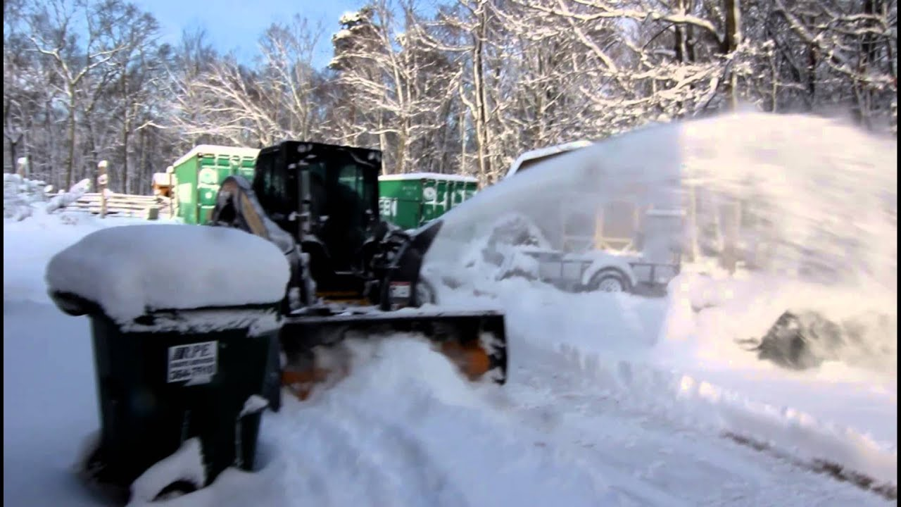 L225 New Holland Skid Steer With Snow Blower