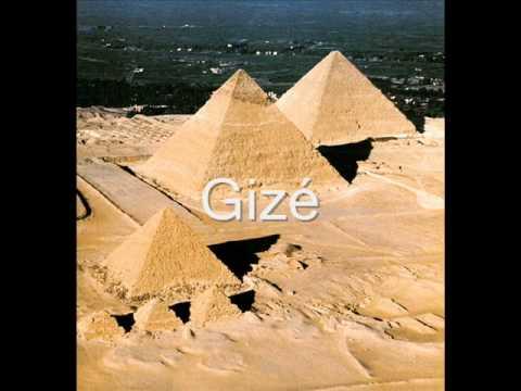 Faraó, Divindade do Egito (com a letra correta)