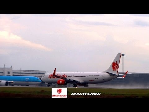 Water Spray Malindo Air Boeing 737-9GP(ER) 9M-LNL Takeoff KUL WMKK RWY32L 11122013