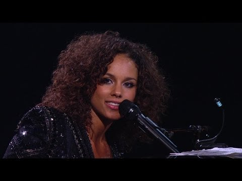 Alicia Keys (Piano & I - AOL Sessions) Live Concert 2011