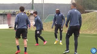 L'allenamento degli Azzurri in vista di Granada - Napoli