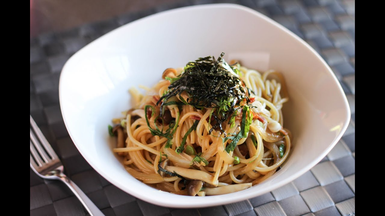 Shimeji And Aburage Miso Soup Recipe — Dishmaps